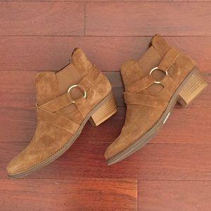 Crevo camel/brown suede booties. Size 8